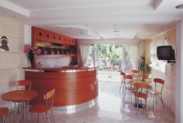 Asteras Apartmanház