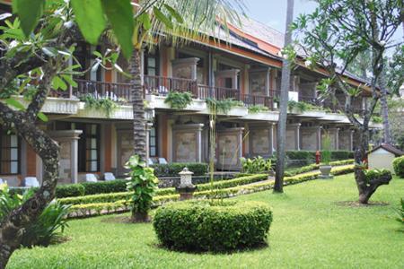 The Jayakarta Bali***