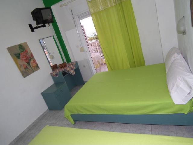 Panorama Apartmanház - Sarti