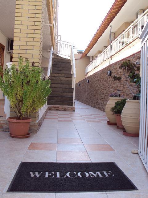 Vassilis-Maria Apartmanház***