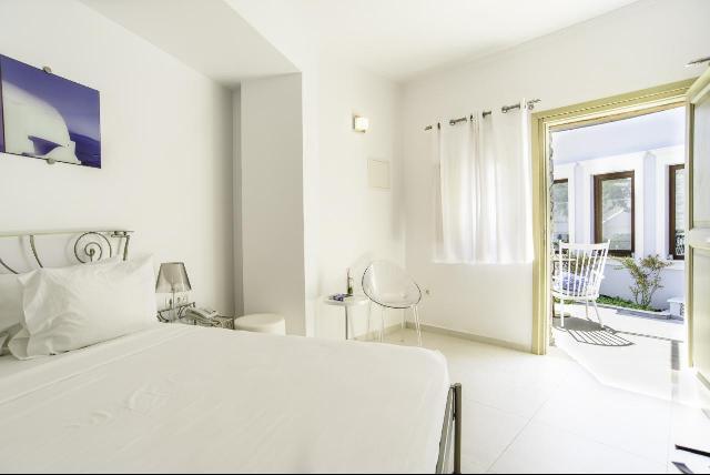 La Mer Deluxe Hotel*****16+*****