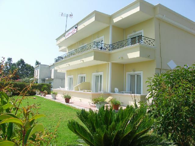 Alexandros Apartmanház
