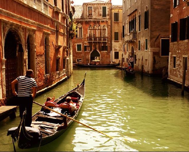 Hétvége Velencében***
