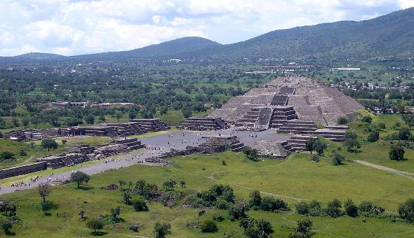 A Maya és az Azték kultúra nyomában****